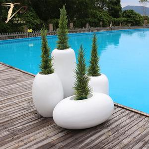 别墅泳池摆放玻璃钢落地组合花盆