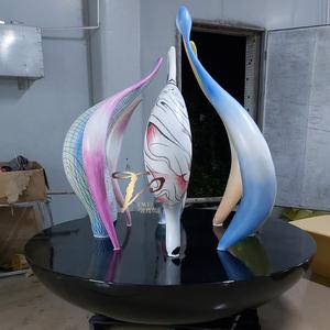 酒店大堂美陈玻璃钢异形造型艺术摆件