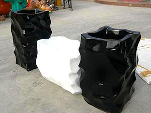 定制玻璃钢经典花器