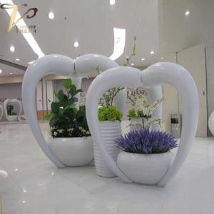 商业美陈玻璃钢异形花盆环形