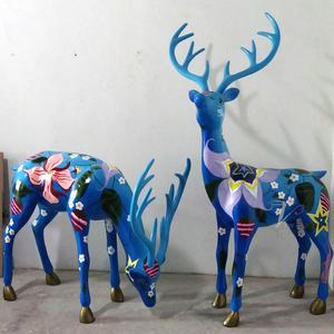 梅花鹿雕塑玻璃钢制品